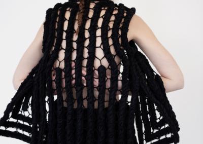 SavoarFer: disappearing vest n°1 bobbin lace